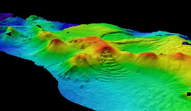 subsea-volcanoes-110712-02